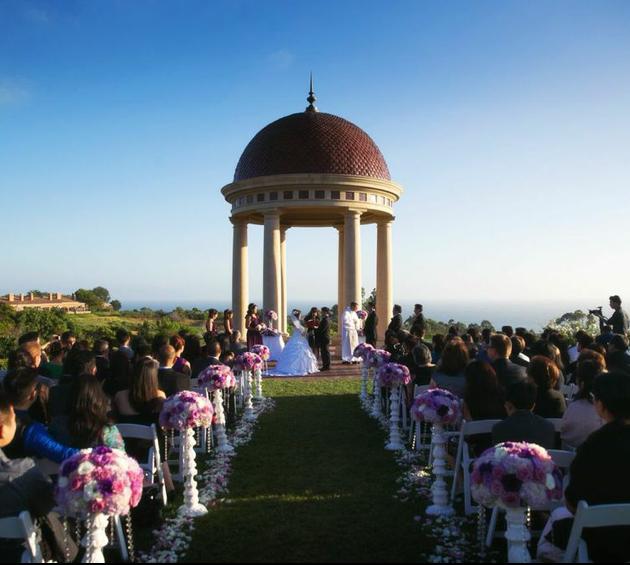 Sep-1-14:Pelican-Hill-Resort-wedding:Susana&Ryan#PelicanHill#inlightlighting#weddingeventlighting#makeup#weddingday#weddingidea#weddingchaircover#weddingflower17