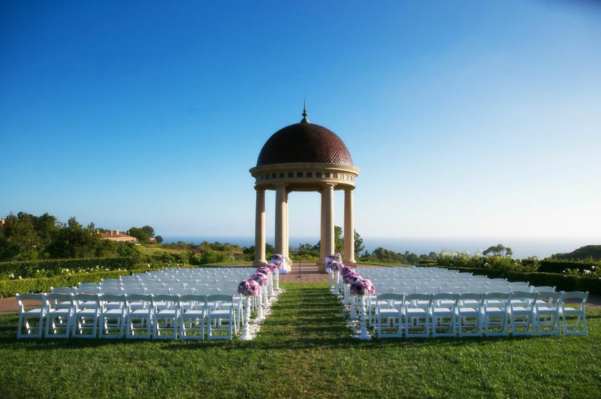 Sep-1-14:Pelican-Hill-Resort-wedding:Susana&Ryan#PelicanHill#inlightlighting#weddingeventlighting#makeup#weddingday#weddingidea#weddingchaircover#weddingflower19
